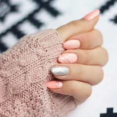 beautiful mani details.