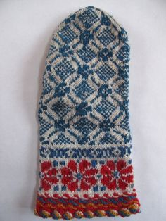 A pair of mittens I found a few years ago at a sale being held at a Latvian church in Minneapolis.  These were knit by an elderly woman named Zina, and were priced at only fourteen dollars!