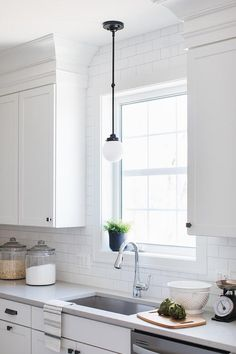 two toned gray and white cabinets marble subway tile carrara rh pinterest com