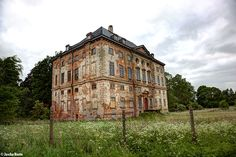 Castle Rossewitz aka Mansion Rossewitz. May 2014