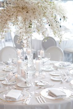 white and aqua wedding love ♡ #FSWeddings #FourSeasons