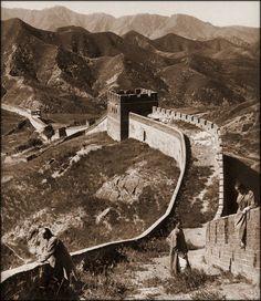 La Gran Muralla China  1907  by Herbert G. Ponting