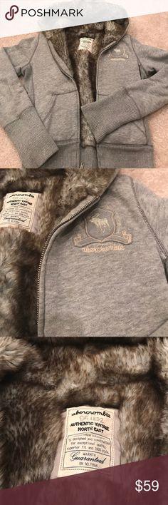 Spotted while shopping on Poshmark: Super warm fur like interior abercrombie jacket! #poshmark #fashion #shopping #style #Abercrombie & Fitch #Jackets & Blazers