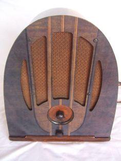 """Philco 37-84 (1936) """"Antique radio"""", """"Tube radio"""""""