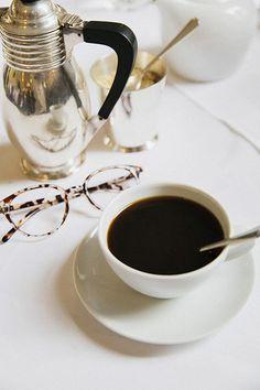 Coffee at The Sṯ Pancras Renaissance Hotel | London