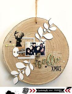 Jas'piration Scrap: Christmas Challenge # Door Wreath by Lyndastayfly - Trend Fun Design 2019 Cas Christmas Cards, Christmas Crafts, Diy Home Decor Projects, Home Crafts, Christmas Scrapbook Pages, Christmas Challenge, Cricut, Home And Deco, Christmas Inspiration