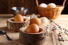 Így a legegyszerűbb kiszedni a beleejtett tojáshéjat. Na, és sem a hőmérséklete, sem a mérete nem mindegy.
