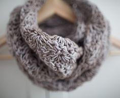 knitted scarf / cowl, merino wool, woolen scarf from Papagayo by DaWanda.com