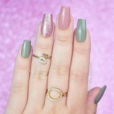 Spring Nails, Fun Nails, Nail Art Designs, Manicure, Make Up, Hair Styles, Pink, Simple Elegant Nails, Elegant Nails