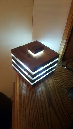 Contemporary Lighting Tips on How to Match Your Contemporary Home Design With Modern Lighting Nightstand Lamp, Led Desk Lamp, Table Lamp, Diy Wood Desk, Diy Desk, Bright Homes, Rustic Lamps, Led Licht, Desk Light