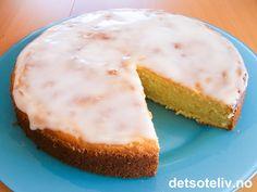 Appelsinkake med rømme   Det søte liv Baking Recipes, Cake Recipes, Danish Dessert, Kaka, Bread Baking, Cheesecake, Cookies, Desserts, Danish Recipes