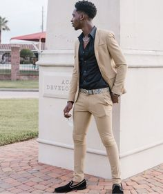 ef6989dfaa2 This outfit is very stylish and it would be a show stopper at any prom  throw in a watch and maybe a gold necklace and your basically gonna look  like usher.