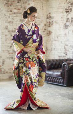 ギャレリアコレクション No.06-0077 Traditional Japanese Kimono, Traditional Fashion, Traditional Outfits, Yukata Kimono, Kimono Dress, Kabuki Costume, Kimono Design, Japanese Costume, Wedding Kimono