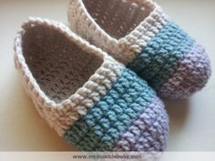 Free crochet pattern: House shoes. Ballet style slippers.