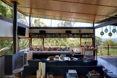 Sydney-based architect Peter Stutchbury's ''Invisible House'' in the Megalong Valley is one of 30 buildings around the globe in contention for the inaugural Royal Institute of British Architects inter Peter Stutchbury, Architecture Design, Interior And Exterior, Interior Design, Australian Homes, Mid Century House, Home Look, Decoration, My Dream Home