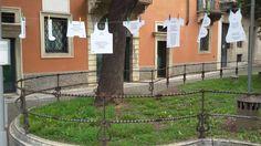 La scenografia della poesia intima a Verona. #nomenomen in Piazza delle Pasque veronesi.
