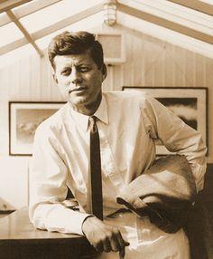 John Fitzgerald Kennedy, presidente de los Estados Unidos, líder del mundo.