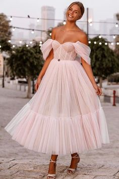 Ball Gowns Evening, Ball Gowns Prom, Ball Gown Dresses, Event Dresses, Formal Dresses, Black Prom Dresses, Prom Dresses For Teens, Elegant Prom Dresses, Fancy Dress Outfits