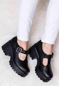 CATTIE HEELED CLEATED SOLE PLATFORM ANKLE BOOTS - BLACK