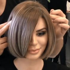 Canapés of long hairstyles Bob; It is, in the first place, among the hair styles that all ladies love very much. Models that can create very different designs with hair colors like sweep and shadow are very cool. Canapés of long bob… Continue Reading → Hairstyles For Medium Length Hair Easy, Angled Bob Hairstyles, Short Bob Haircuts, Medium Hair Styles, Easy Hairstyles, Short Hair Styles, Prom Hairstyles, Halloween Hairstyles, Hairstyle Short