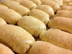 Soft, fluffy and delicious bread roll with sweet filling. Banana Quinoa Bread, Easy Banana Bread, Banana Bread Recipes, Spanish Bread Filipino Recipe, Filipino Recipes, Filipino Food, Filipino Desserts, Asian Desserts, Pinoy Cooking Recipe