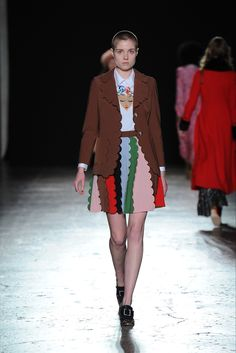 Vivetta Milano - Collections Fall Winter 2016-17 - Shows - Vogue.it