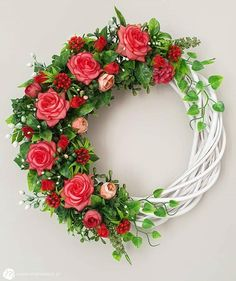 Spring Door Wreaths, Summer Wreath, Willow Wreath, Arch Decoration, Wedding Pins, Handmade Home, Summer Flowers, Geraniums, Flower Arrangements