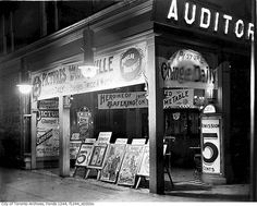 The Auditorium theatre, Toronto, c. 1910. #vintage #Canada #Edwardian