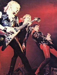 Find images and videos about on stage and Judas Priest on We Heart It - the app to get lost in what you love. Judas Priest, Rob Halford, Defender Of The Faith, Famous Musicians, Heavy Metal Bands, Iron Maiden, Death Metal, My Favorite Music, Cool Cats