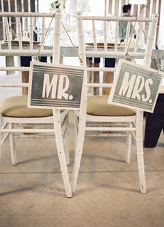 Mr & Mrs. Signs // Photo: Braedon Flynn Photography // Feature: The Knot