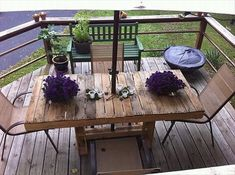 Amazing Uses For Old Pallets – back porch table