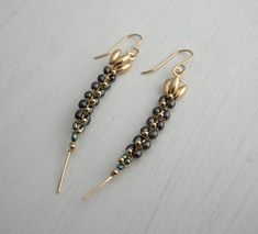 Black Pearl Earrings Long Orchid Stem от SarahHickeyJewellery