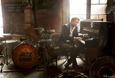 Pattinson at Preservation Hall in New Orleans playing the piano....ahhh Edward in New Orleans, hee hee