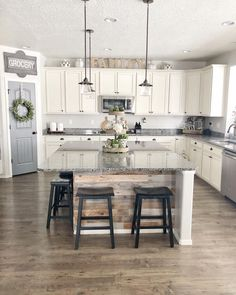 60 underrated concerns about kitchen idea island 2019 will surprise you 1 Cen Kitchen Redo, Home Decor Kitchen, Home Kitchens, Kitchen Remodel, Kitchen Ideas, Kitchen With Corner Pantry, Kitchen Design, Dream Kitchens, Apartment Kitchen