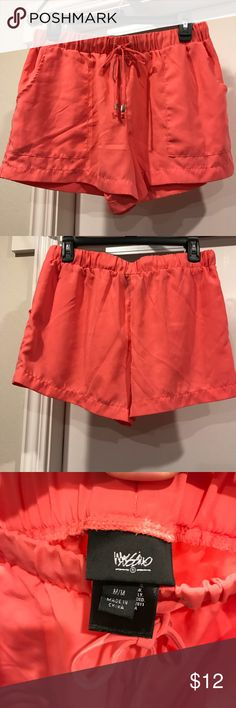Salmon colored comfy shorts Salmon colored shorts. Could be dressy or casual. Super comfortable. Mossimo Supply Co Shorts