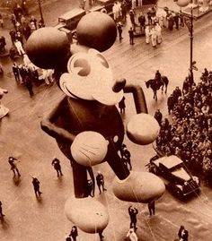 The first Disney character to appear in a Macy's parade was none other than Mickey Mouse, who made his debut in Mickey measured over 50 feet tall and was constructed by the Goodyear Rubber Company. Minnie Mouse Halloween Costume, Halloween Costumes, Macys Thanksgiving Parade, Vintage Thanksgiving, Vintage Christmas, Mickey Mouse Balloons, Disney Balloons, Old Disney, Disney Stuff