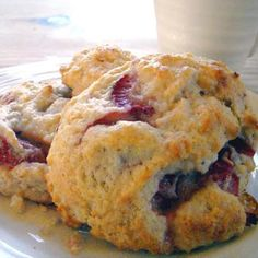 Tate's Bake Shop Fresh Strawberry and Cream Drop Scones @keyingredient