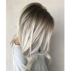 Looking to go blonde this summer? Check out the Best Blonde Hair Colors ideas Best Platinum Blonde Best Golden Blonde Best Ash Blonde Best Balayage Best Dirty Blonde Best Strawberry Blonde and more. Balayage Straight, Ash Blonde Balayage, Icy Blonde, Platinum Blonde Hair, Hair Color Balayage, Blonde Color, Hair Highlights, Golden Blonde, Blonde Hair With Silver Highlights