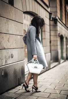 Sania Claus Demina / spring sneaks // #Fashion, #FashionBlog, #FashionBlogger, #Ootd, #OutfitOfTheDay, #Style