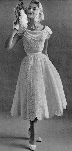14 Beautiful Crochet Dress Patterns: Then and Now Vintage Crochet Dresses, Crochet Wedding Dresses, Vintage Crochet Patterns, Wedding Dress Patterns, Sewing Patterns, Moda Vintage, 50s Vintage, Vintage Sewing, Vintage Outfits