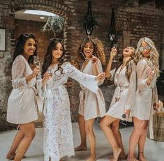 Wedding Photos Getting ready with your girls! (link in bio to shop the Anemone Maxi Robe get the look with the Showstopper Cover Up Bridal Party Getting Ready, Bridesmaid Getting Ready, Bride Getting Ready, Bridesmaid Robes, Brides And Bridesmaids, Bridesmaid Pyjamas, Wedding Pics, Dream Wedding, Wedding Ideas