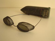 Dating antique spectacles value