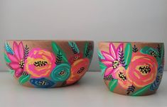 Creative Crafts, Fun Crafts, Arts And Crafts, Pottery Painting Designs, Paint Designs, Flower Pot Design, Painted Pots, Pottery Mugs, Clay Art