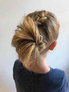 Bobby Pins, Hair Accessories, Dreadlocks, Hair Styles, Beauty, Living Room, Hair Plait Styles, Hair Makeup, Hairpin