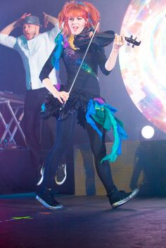 lindsey stirling shatter me | Tumblr look at Gavi in the background!!!!! Haha!!
