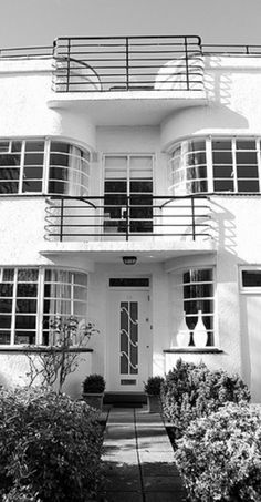 Art Deco Moderne house.