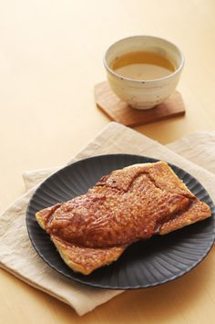Croissant Taiyaki Japanese Sweets, Croissant, Waffles, Nom Nom, French Toast, Cakes, Breakfast, Desserts, Food