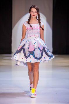 BonBon na Fashion LIVE! 2015 získané ocenenie: Best Fashion LIVE! designer za rok 2015 kolekcia vznikla v spolupráci s Puojd Textiles a URTD topánky: tikoki by Lenka Sršňová hudba: slu:t...