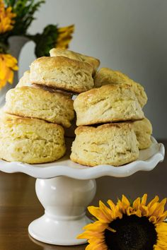These buttermilk biscuits are flaky on the outside and light and fluffy on the inside- which equals perfection in my book. My grandma's flaky buttermilk biscuits makes the perfect side to any meal. Grandma's Biscuit Recipe, Buttermilk Recipes, Buttermilk Biscuits, Fluffy Biscuits, Veggie Delight, Baking Recipes, Bread Recipes, Cookie Recipes, Bread Rolls