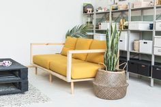 Make Yourself Comfortable with this Easy DIY Wooden Studio Sofa